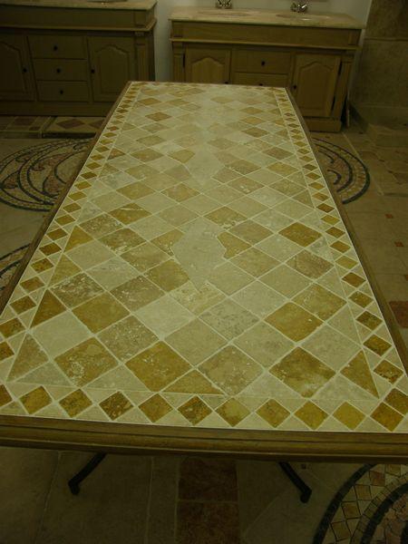 table plateau de table en travertin carreaux de terre cuite maill e d cor e carrelages. Black Bedroom Furniture Sets. Home Design Ideas
