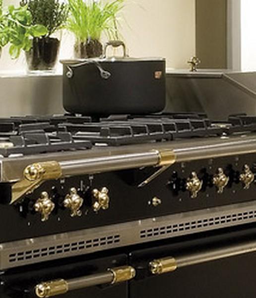 Piano lacanche carrelages d corations pierre basset salernes en provence - Piano de cuisine lacanche ...