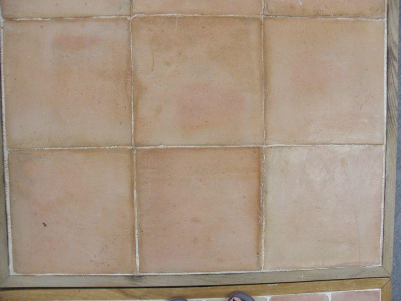 Carreaux en terre cuite carrelages d corations pierre for Carrelage terre cuite provence