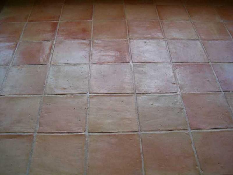 Terres cuites carrelages d corations pierre basset for Carrelage pierre basset salernes
